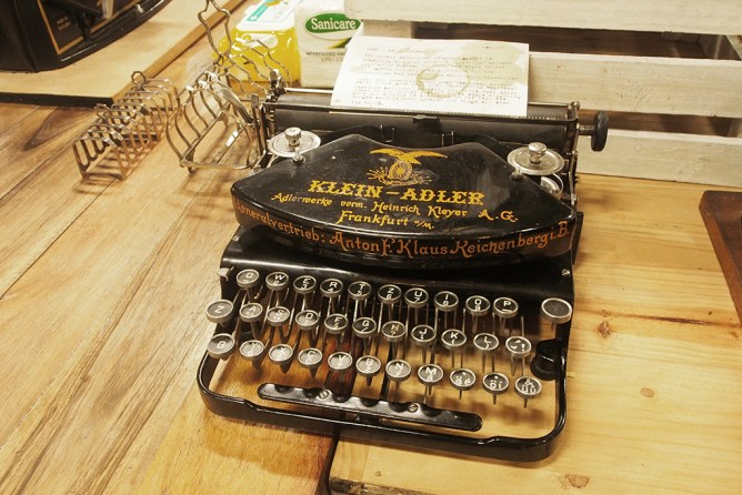 istorya vintage appreciation fair 2017 the curious artisan typewriter