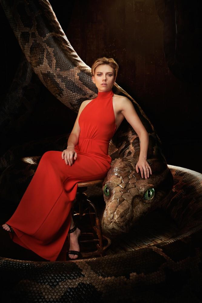 Scarlett Johansson and Kaa