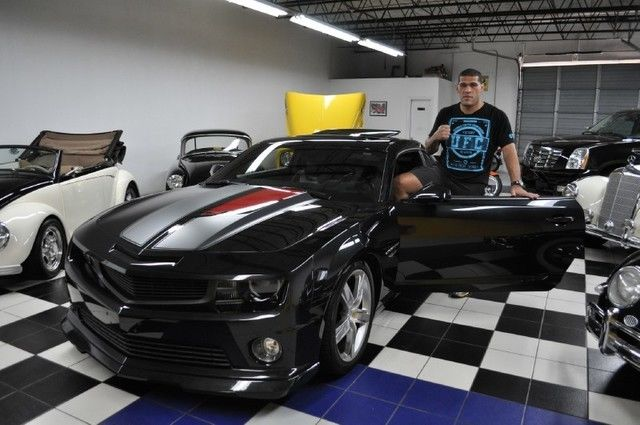 BigFoot Silva selling his 45th anniversary Camero!!!