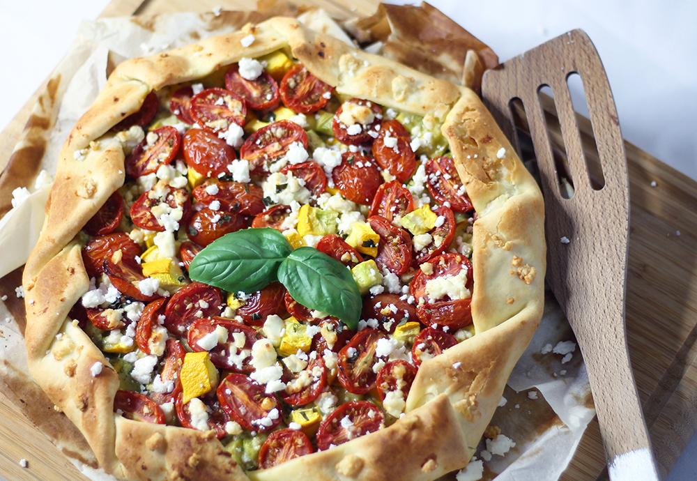 Tarte Ensoleillee Pesto Courgette Jaune Tomates Cerises Et Feta