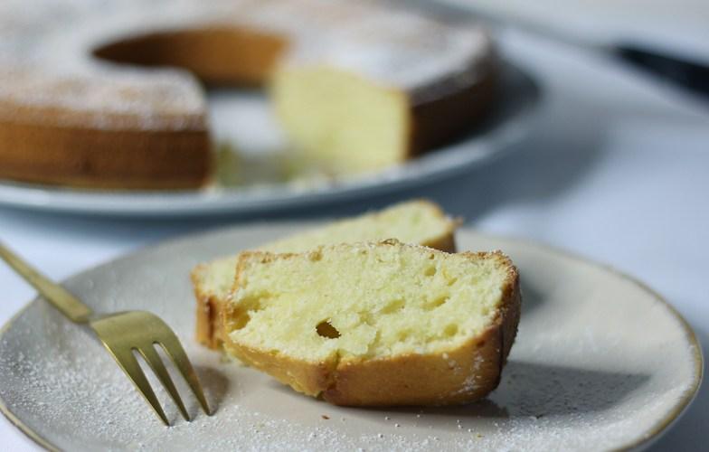 Gâteau italien au citron et à la crème sur fannyalbx.com