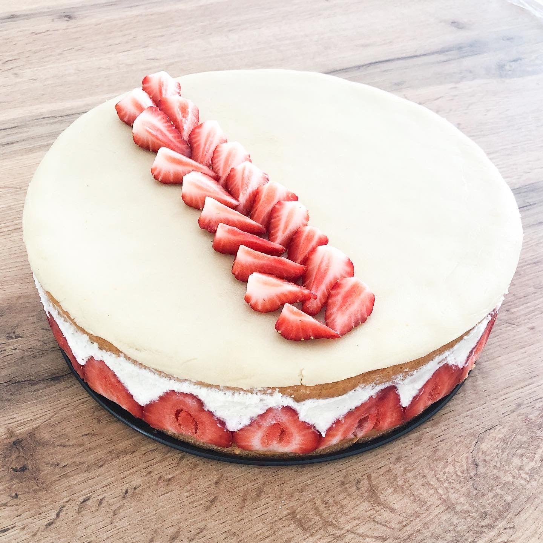 Recette fraisier - fannyalbx.com