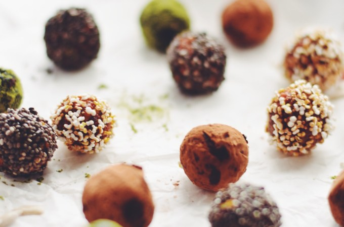 That day I was sick of apples and pears – Goji berry orange bliss balls