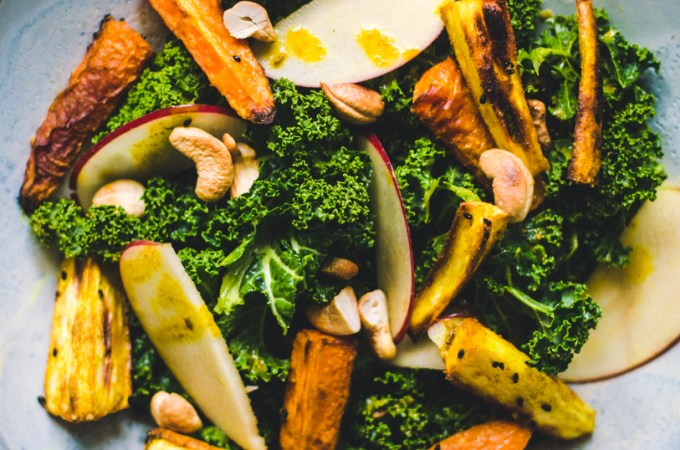 Curry Kale Salad / Parsnip & Carrot