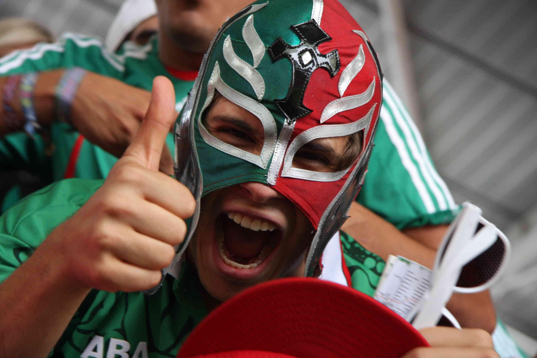 mexican fan football final london 2012
