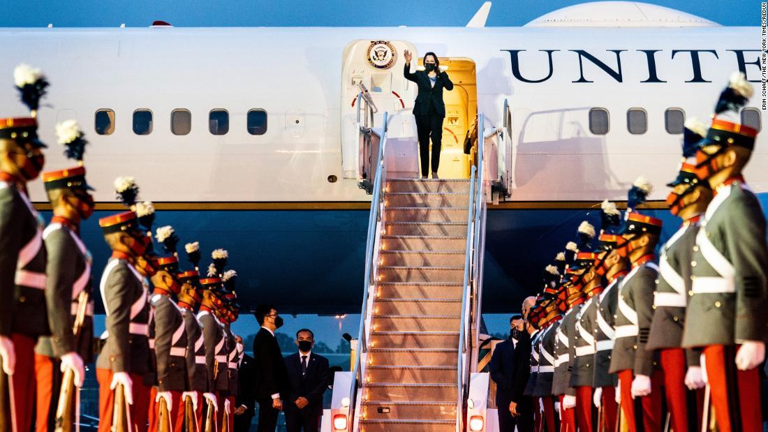 kamalaharris vicepresident mexico guatemala kamala vice airforce trip force air harris