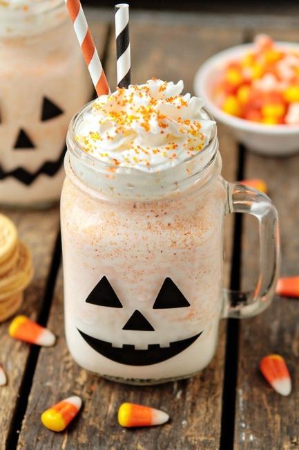 Halloween Halloweenblog smoothie halloweendiy halloweendecorations halloweenrecipes halloweenfood candycorn halloweenspecial halloweenstuff halloweenspirit fall october autumn
