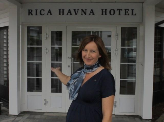Ane Johansen fra Rica Havna Hotel Tjøme er sommeren Servicehelt i Tønsberg/Tjøme.