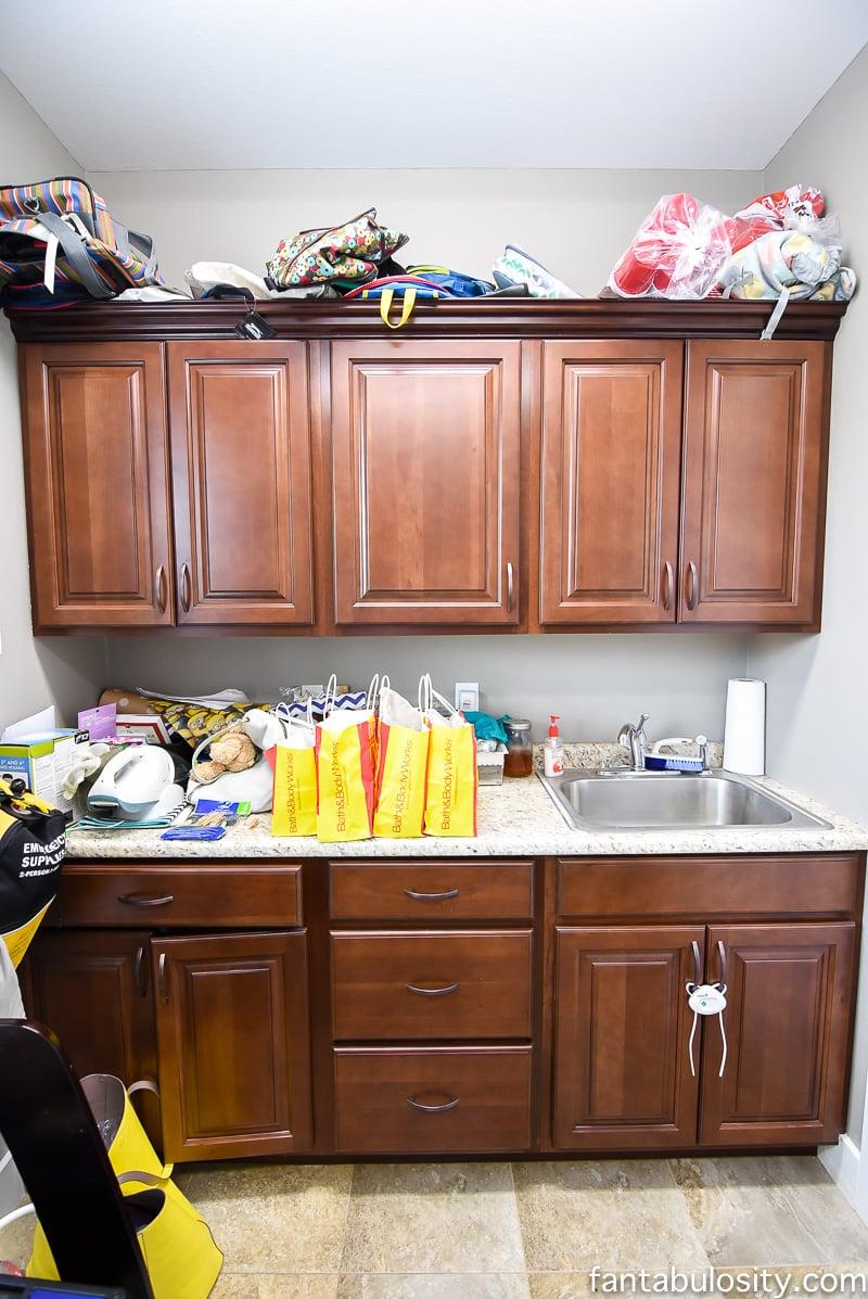 Laundry Room | Simple Decorating Ideas - Fantabulosity on Laundry Decoration  id=43743