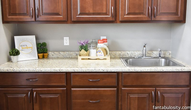 Laundry Room | Simple Decorating Ideas - Fantabulosity on Laundry Decorating Ideas  id=26760