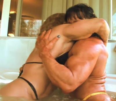 Abbraccio muscoloso