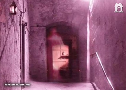 mary_king_close_ghost_picture