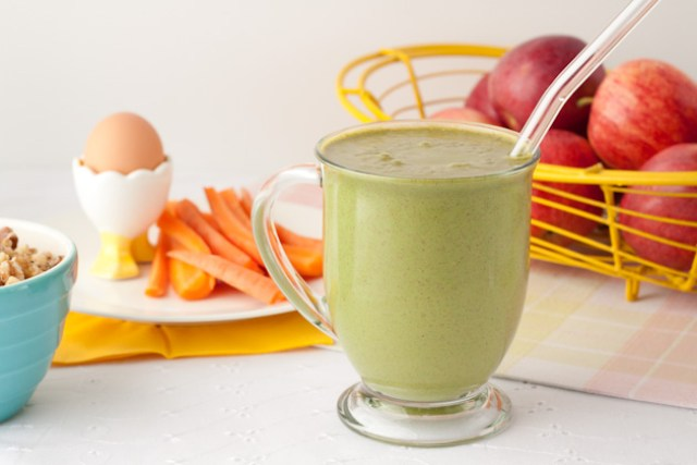 Apple Pie Green Smoothie - Smoothie Recipes for Quick Weight Loss