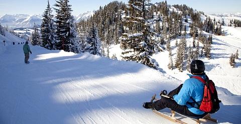 Avondskien In St Johann In Tirol En Skijuwel Fantastisch Oostenrijk