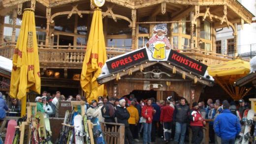 Kuhstall Apres Ski Bar Ischgl