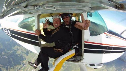 St Johann Parachutespringen
