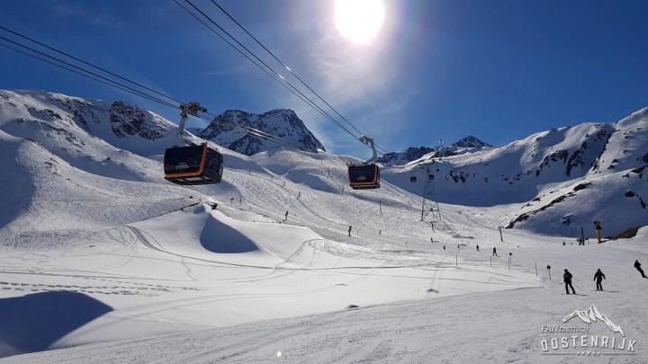 Stubaier Gletsjer 3S Eisgratbahn