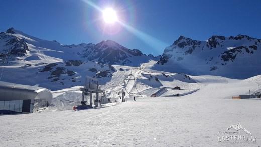 Moeten skigebieden open blijven?