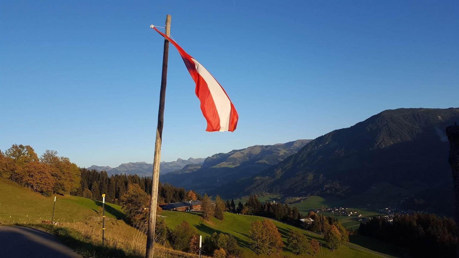 weerbericht herfst oostenrijkse vlag