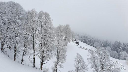 Sneeuw in Brixen im Thale