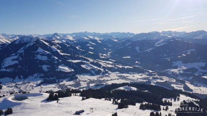 Uitzicht vanaf Hohe Salve naar Brixental Westendorf