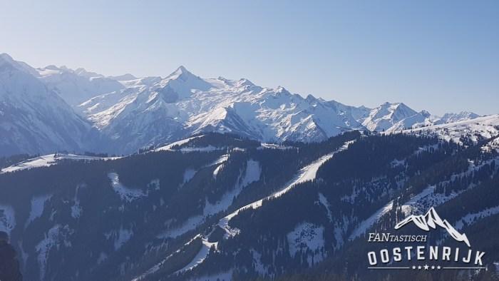 Zell am See met op de achtergrond de Kitzsteinhorn Kaprun