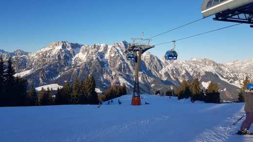 Verse sneeuw zorgt voor opfrisser in Oostenrijk