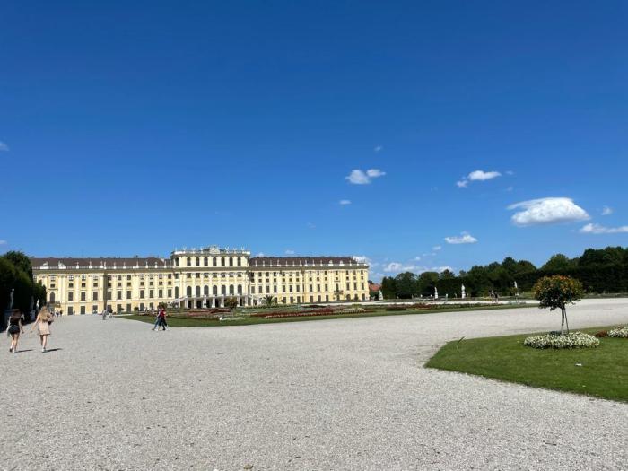 Wenen Schönbrunn vanaf de Neptunus Fontein
