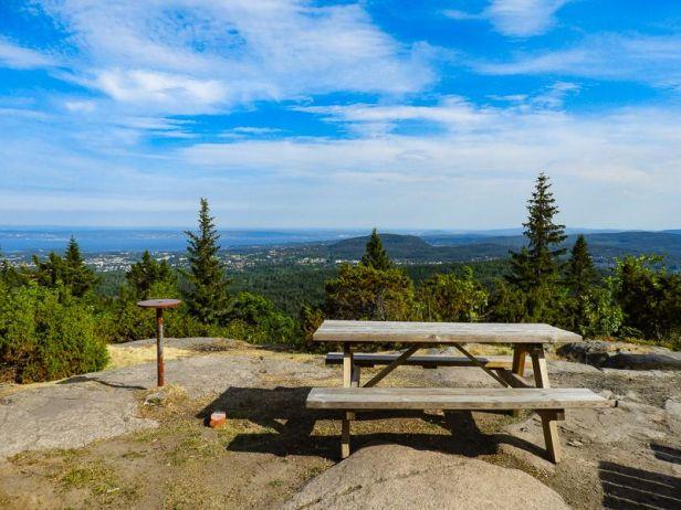Utsikten fra DNT hytta Hovdehytta i Vestmarka - Oslomarka - Asker - Utsiktspunkt - Fantastiske marka