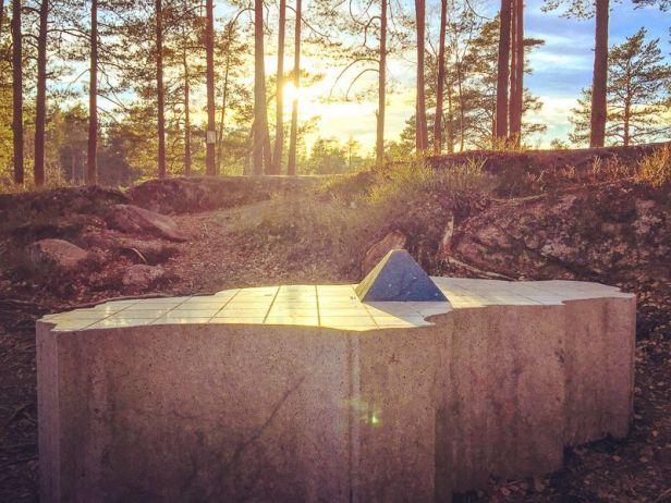 Skulpturen ved Oslos geografiske midtpunkt - Oslomarka - Nordmarka - Fantastiske marka