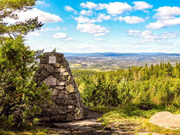 Utsikten fra Bjønnåsen mot Lørenskog og Oslo - Oslomarka - Østmarka - Fantastiske marka