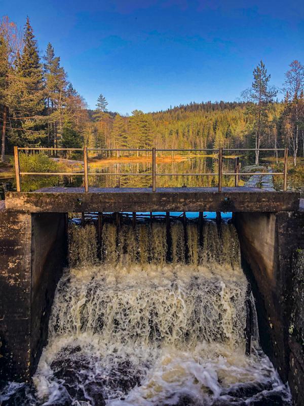 Demningen ved Midtre Lysedam i Sørkedalen - Krokskogen - Oslomarka - Fantastiske marka