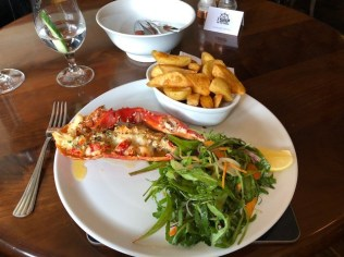 Fantasy Aisle, Lobster for lunch in Leith at the Ship on the Shore