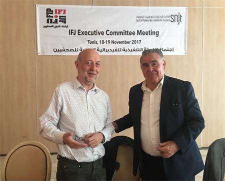 Fernando Olivas con Phillips Leruth, presidente de la FIP