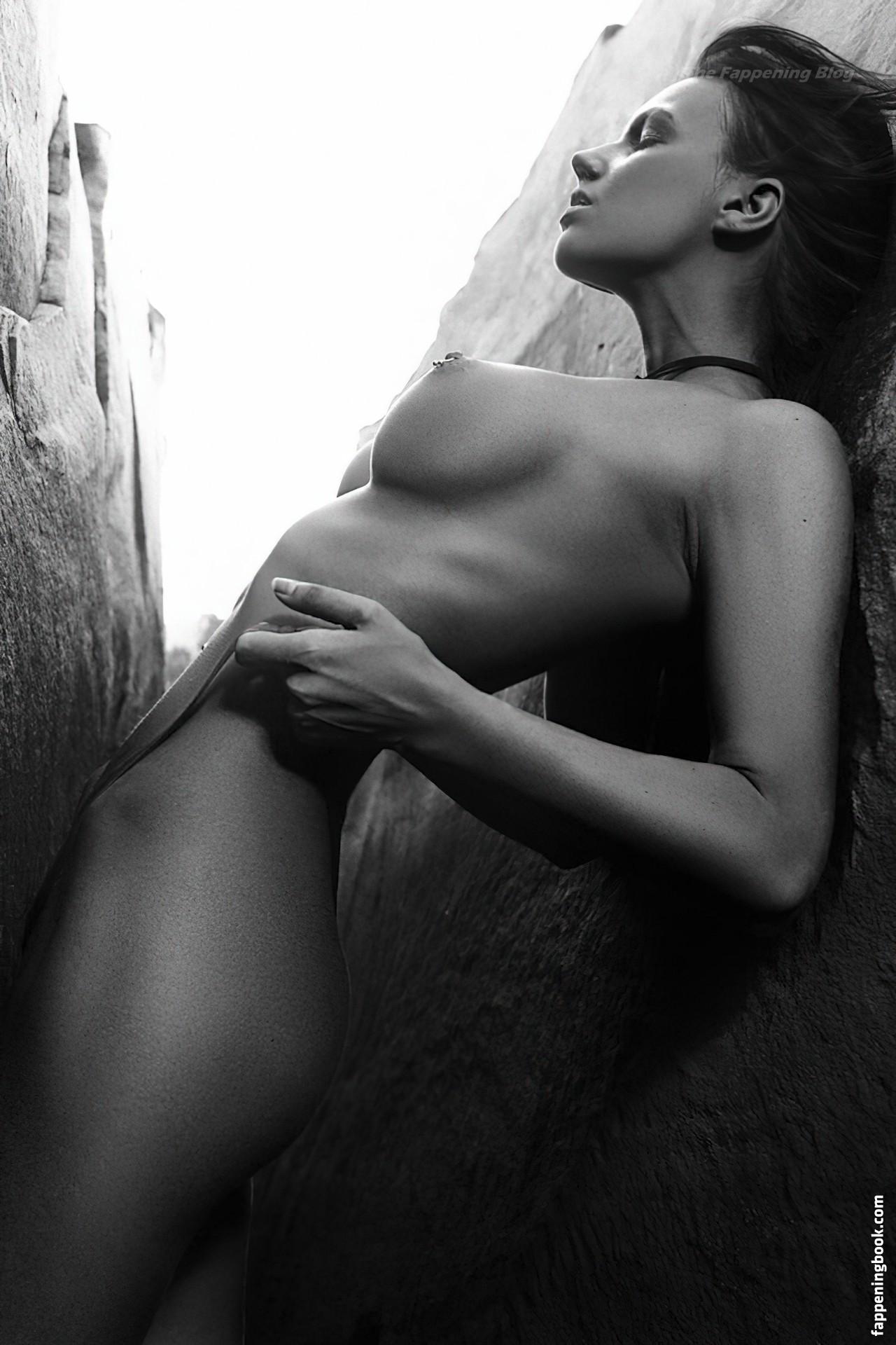 Nessie Joy Nude