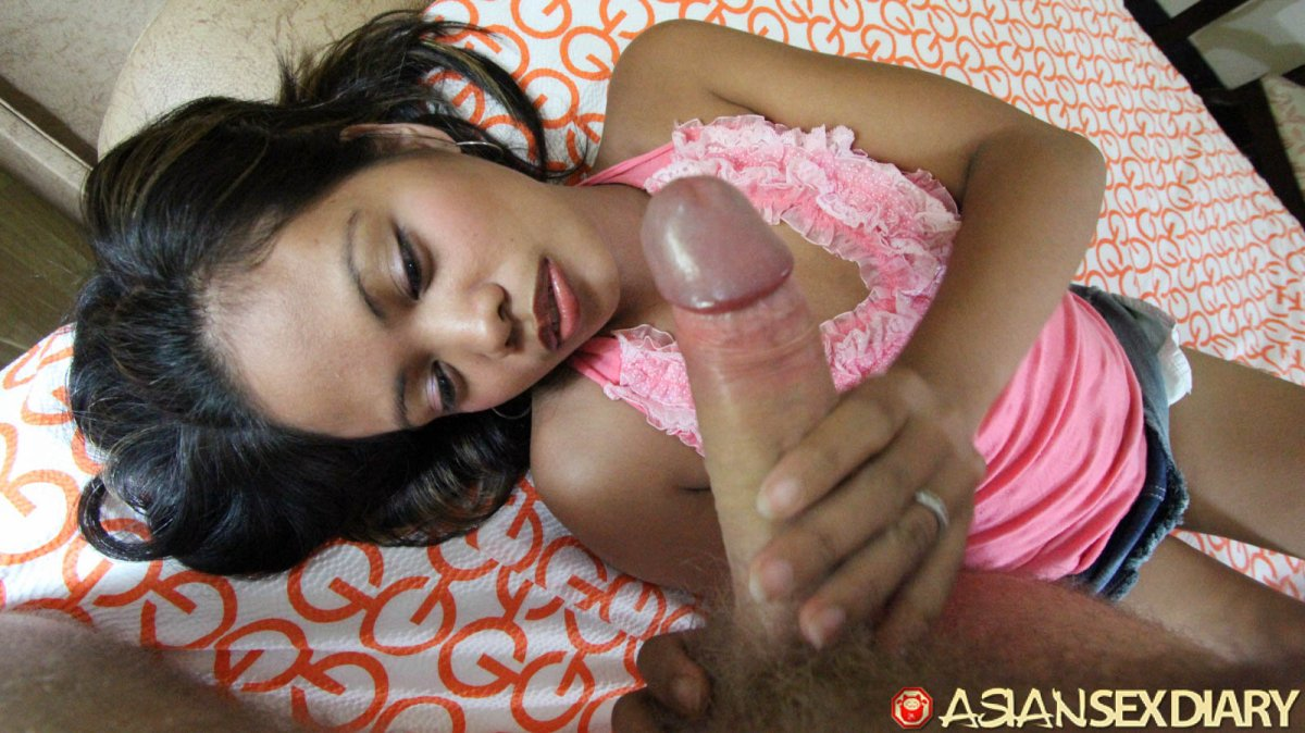 Filipina handjob and facial closeup