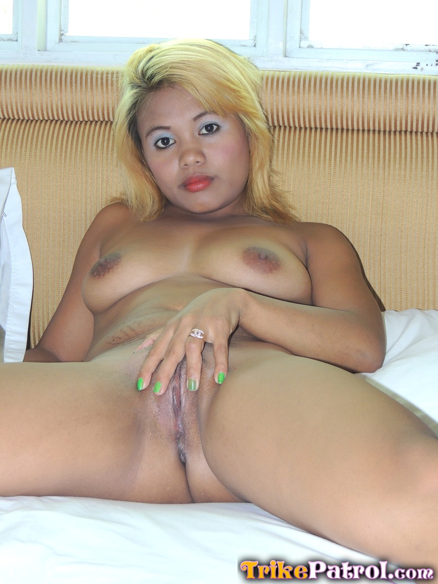 Filipina blonde sol striptease