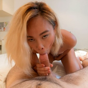 Asian Deepthroat Porn amateur Mia sucking big white dick