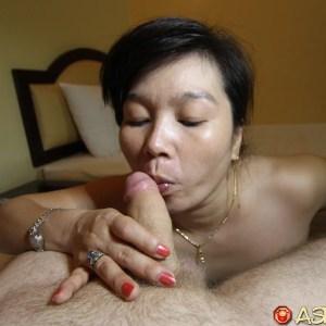 Asian kissing white cock