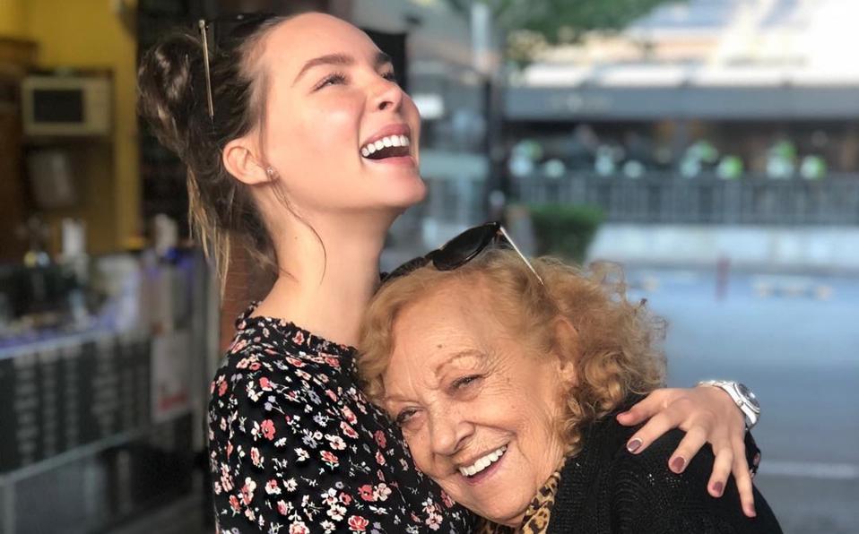 -Belinda sufre la perdida de su abuelita-