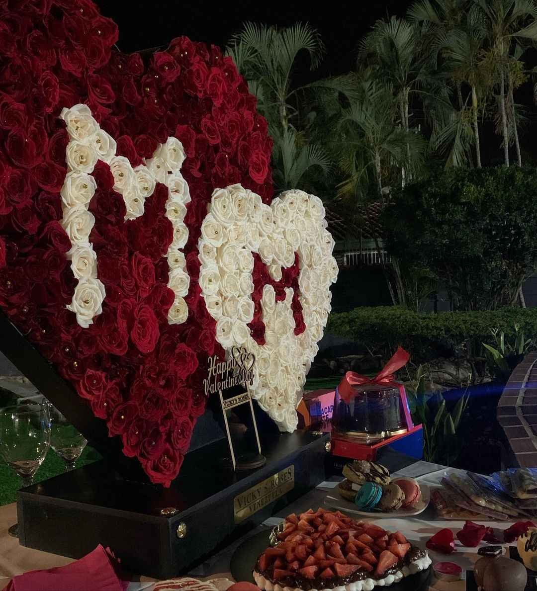 arreglo de flores de Nacho para Melany Mille el 14 de febrero 1