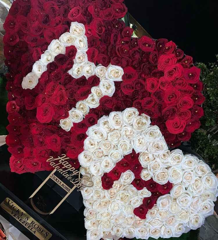 arreglo de flores de Nacho para Melany Mille el 14 de febrero 2