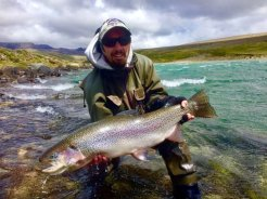 Jim then gave a rod to his guide Diego who followed Jim with another Quiroga behemoth.