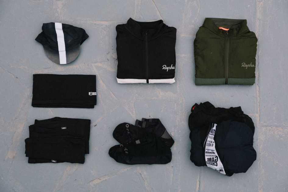Men's bikepacking clothes