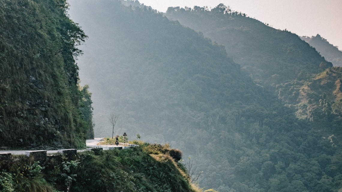 Ross of Ugly Armadillo descending from Tansen to Pokhara in Nepal