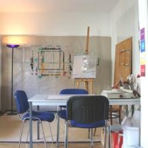 Malwände und Tisch für Gestaltung
