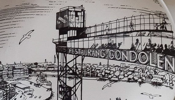 Katarinahissen & Gondolen på en av Gustavsbergs minnestallrikar