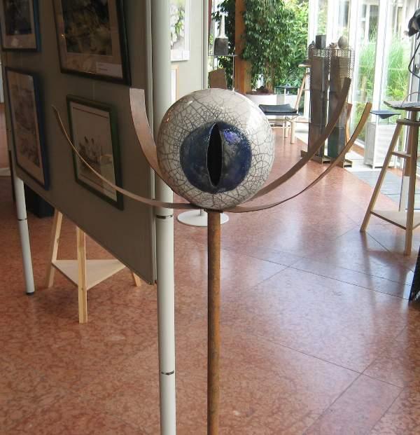 Une sculpture de Jéfré Dubochaiz lors d'une exposition à Prien am Chiemsee (Allemagne)