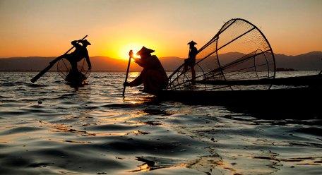 Leg Rowers, Lake Inle, Myanmar