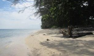 landscape pantai di Bira Besar